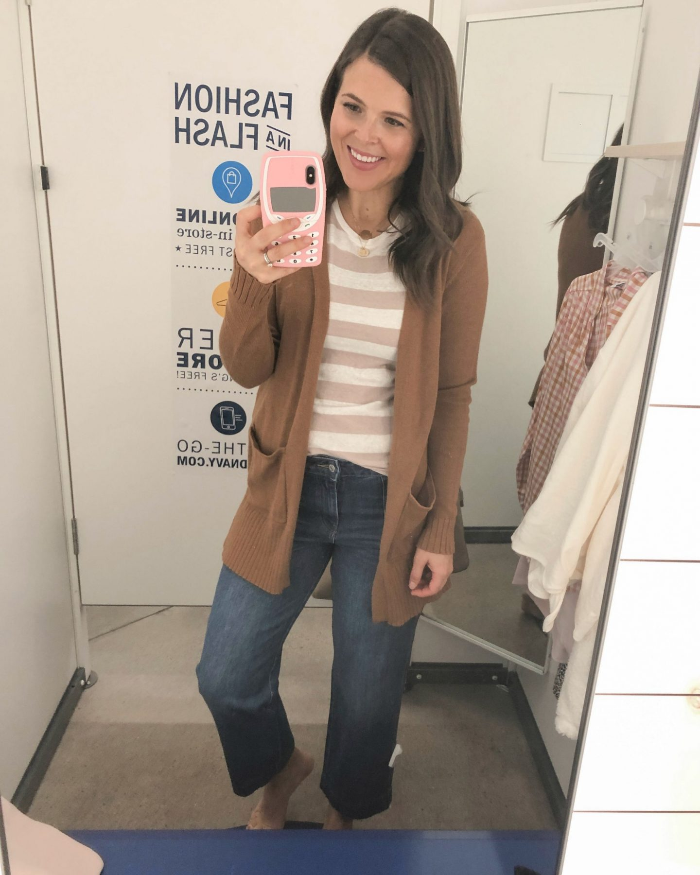 old navy fall fashion cropped jeans