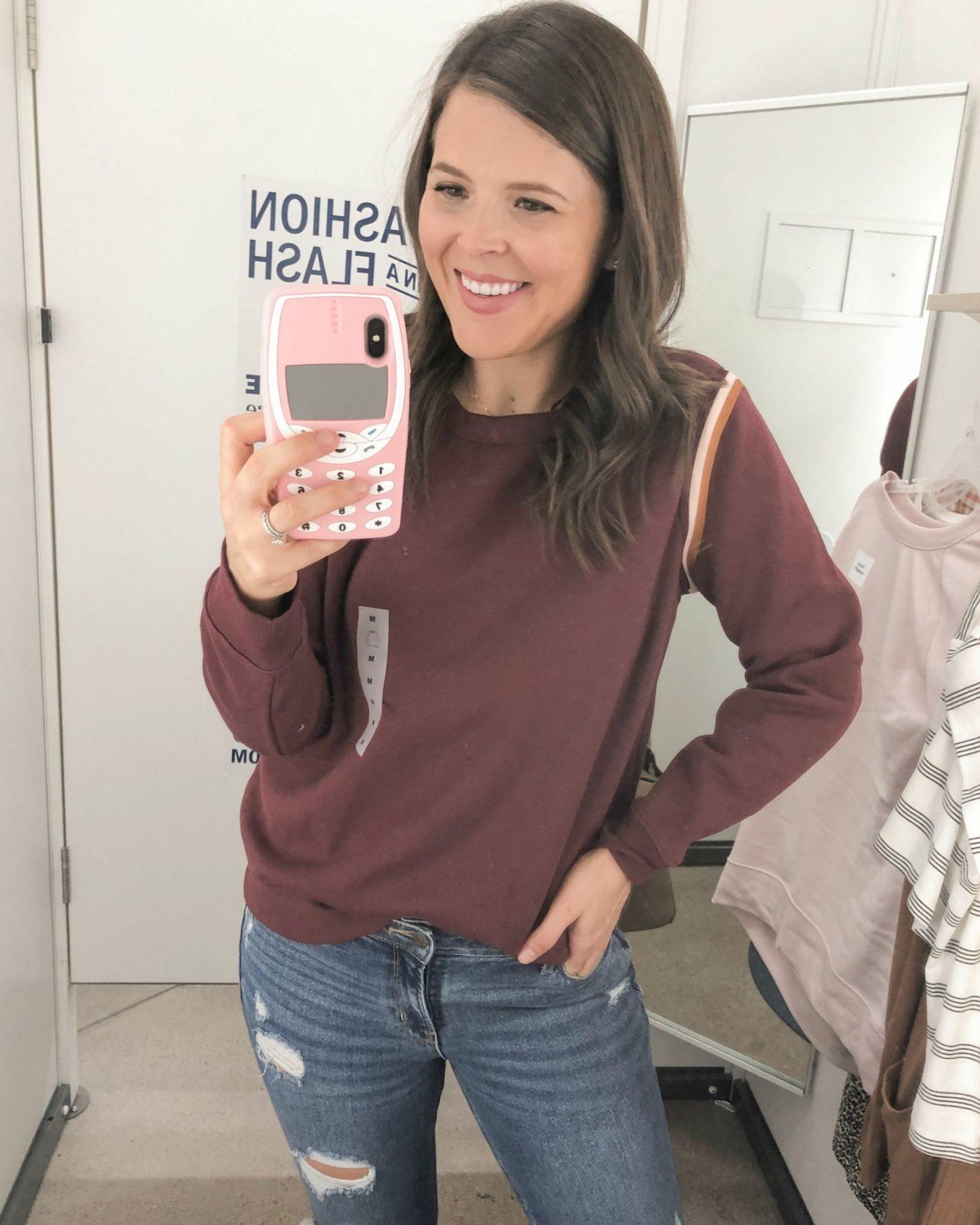 old navy fall fashion maroon sweatshirt
